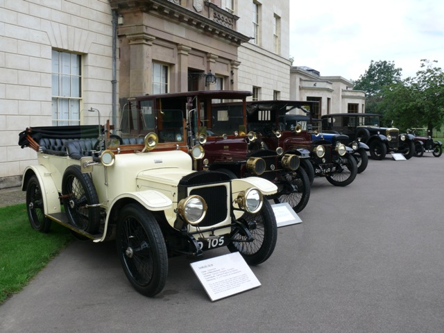 John Pochin's sleeve valve Daimlers lined up in front of Barkby Hall